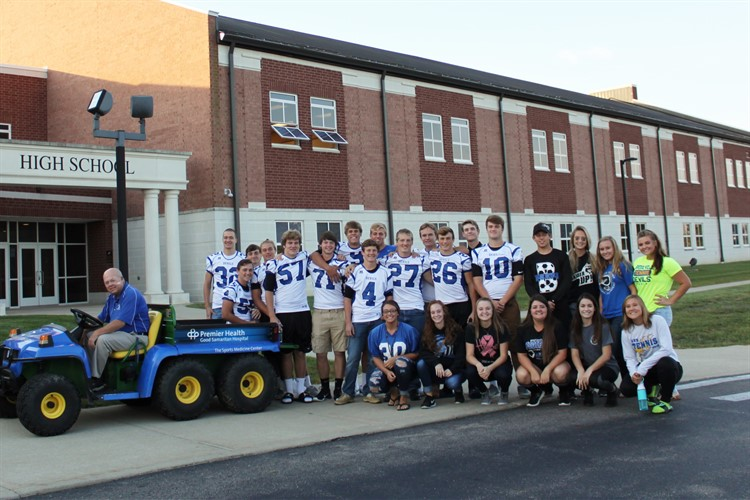 BHS Senior Athletes and Mr. Lindsey get ready for BES Walk to School Day