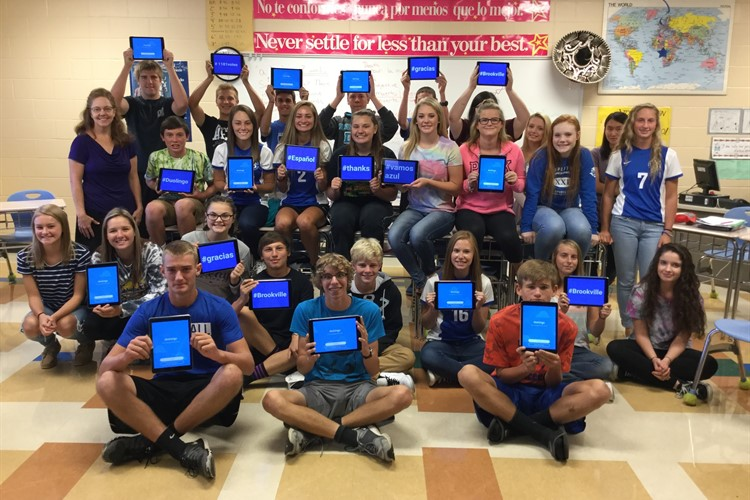 Thank you Mrs. Hutsell and Duolingo for the new iPads!