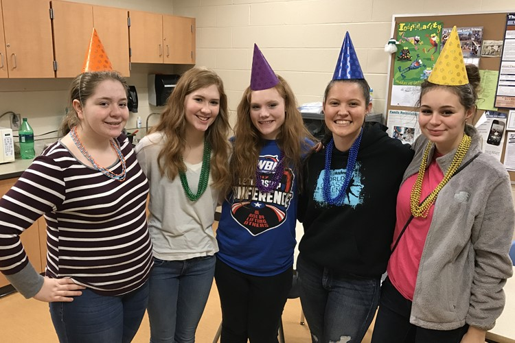 BHS Students Volunteered at Literacy Night