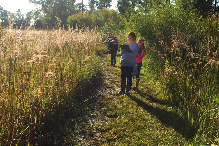 Ms. Drake's Science class at the land lab