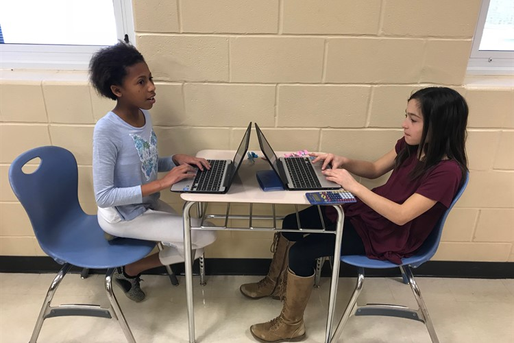 6th Grade Students Working on PBL