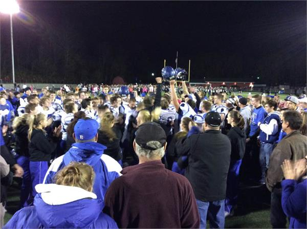 HS Football - Playoff Fever